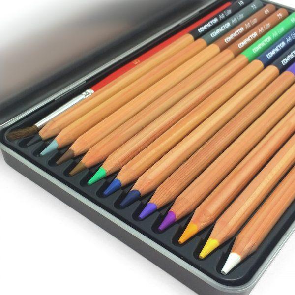 estojo aberto de lápis aquareláveis